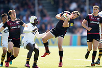Alex Goode of Saracens claims the ball in the air. Aviva Premiership Semi Final, between Saracens and Wasps on May 19, 2018 at Allianz Park in London, England. Photo by: Patrick Khachfe / JMP