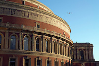 Grossbritannien, England, London, Kensington: The Royal Albert Hall (detail) | Great Britain, England, London, Kensington: The Royal Albert Hall (detail)