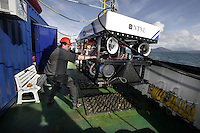 Fredrik Søreide getting the ROV in position on deck after a dive. ©Fredrik Naumann/Felix Features
