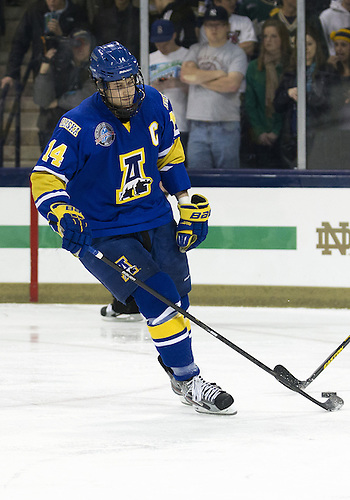 January 18, 2013:  Alaska forward Adam Henderson (14) during NCAA Hockey game action between the Notre Dame Fighting Irish and the Alaska Nanooks at Compton Family Ice Arena in South Bend, Indiana.  Alaska defeated Notre Dame 5-4.
