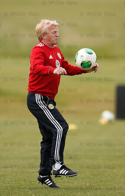Gordon Strachan on the ball