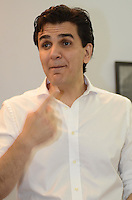 SAO PAULO, 26 DE JULHO DE 2012 - ELEICOES 2012 CHALITA - Candidato Gabriel Chalita em visita ao Sindicato dos Trabalhadores em Telemarketing e dos Empregados em Empresas de Telemarketing dos Municípios de São Paulo (Sintratel) para apresentacao de planos e propostas, na regiao central da capital, na manha desta quinta feira. FOTO: ALEXANDRE MOREIRA - BRAZIL PHOTO PRESS