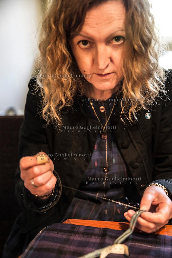 Moira Dalgetty al lavoro