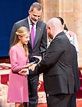 Princess of Asturias Leonor gives medal of Princess of Asturias Awards to Peter Brook in Oviedo. October 18, 2019 (Alterphotos/ Francis Gonzalez)