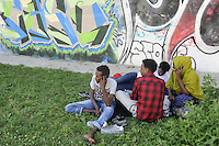 - Milano, centro di smistamento per  profughi e richiedenti asilo organizzato in via Sammartini, sotto la  Stazione Centrale ed affidato alla gestione dell'organizzazione ONLUS Progetto Arca<br /> <br /> - Milan, sorting center for refugees  and asylum seekers organized in  Sammartini street, under the Central Station,  and entrusted to management of the organization NGO Project Arca