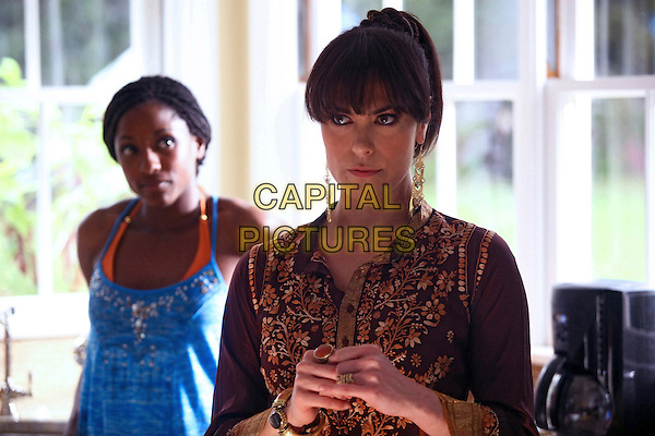 RUTINA WESLEY & MICHELLE FORBES.in True Blood (Season 2).*Filmstill - Editorial Use Only*.CAP/FB.Supplied by Capital Pictures.