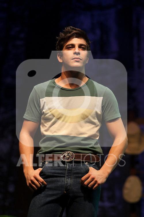Spanish actor Adrian Lamana performs during `El lago dorado´ theater play in Madrid, Spain. August 17, 2015. (ALTERPHOTOS/Victor Blanco)