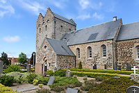 Bornholmer Dom (&Aring;kirke), 12.Jh.  in &Aring;kirkeby auf der Insel Bornholm, D&auml;nemark, Europa<br /> Bornholm Cathedral  (&Aring;kirke), 12.c.  in &Aring;kirkeby, Isle of Bornholm Denmark