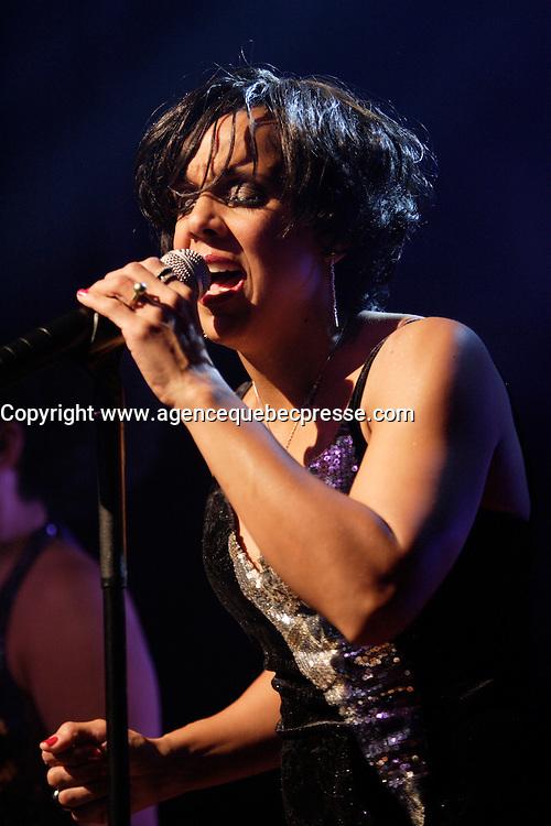Montreal (QC) CANADA,Nov 5 2009-<br /> Sylvie Desgroseillers launche her second album : ENSEMBLES.<br /> Her son Noah accompany her for one song.