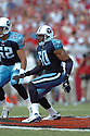 DAVID THORNTON, of the Tennessee Titans , in action during the Titans games against the Tampa Bay Buccaneers , in Tampa Bay, FL on October 14, 2007.  ..The Buccaneers won the game 13-10...COPYRIGHT / SPORTPICS..........