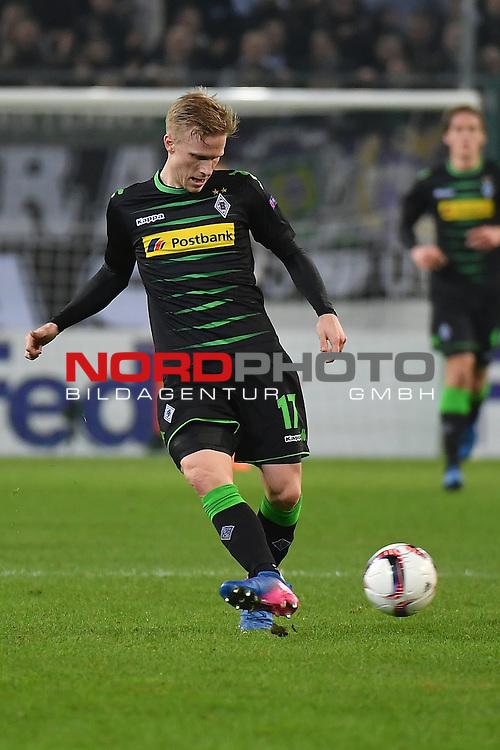 16.02.2017, Borussia Park , Moenchengladbach , EL, Sechzehntelfinale, Hinspiel GER, Borussia M&ouml;nchengladbach (GER) vs. AC Florenz ( ITA)<br /> im Bild:<br /> Oscar Wendt (Gladbach #17),<br /> <br /> <br /> <br /> Foto &copy; nordphoto / Meuter