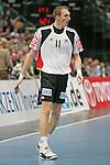 Nach 167 L&auml;nderspielen mit 576 Toren beendet Holger Glandorf seine Karriere in der deutschen Handball-Nationalmannschaft. Der 31-j&auml;hrige Linksh&auml;nder war 2007 Weltmeister und gewann im Juni mit der SG Flensburg-Handewitt die Champions League<br /> Archiv aus: <br />  Handball Supercup 2009  Deutschland - Norwegen<br /> Halle: Lanxess Arena<br /> <br /> Holger Glandorf (Deutschland #11, TBV Lemgo)<br /> <br /> Foto &copy; nph ( nordphoto ) *** Local Caption *** *** Local Caption *** <br /> Fotos sind ohne vorherigen schriftliche Zustimmung ausschliesslich f&uuml;r redaktionelle Publikationszwecke zu verwenden.<br /> <br /> Auf Anfrage in hoeherer Qualitaet/Aufloesung