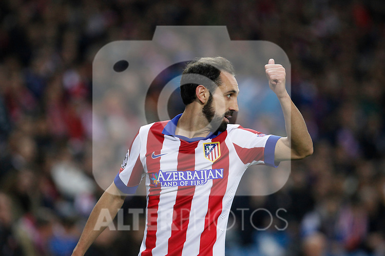 Atletico de Madrid´s Juanfran during Champions League soccer match between Atletico de Madrid and Olympiacos at Vicente Calderon stadium in Madrid, Spain. November 26, 2014. (ALTERPHOTOS/Victor Blanco)