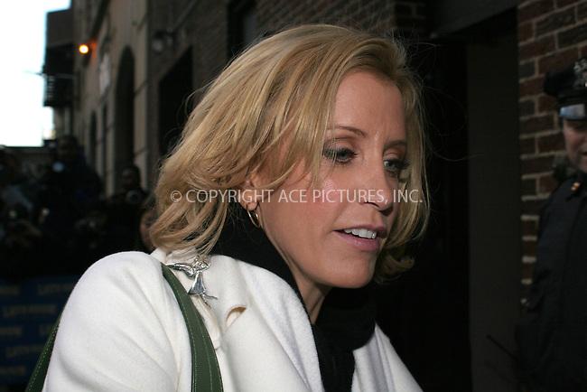 WWW.ACEPIXS.COM . . . . .  ....January 5 2006, New York City....Desperate Housewives actress Felicity Huffman at the Late Show with David Letterman.....Please byline: NANCY RIVERA- ACEPIXS.COM.... *** ***..Ace Pictures, Inc:  ..Philip Vaughan (212) 243-8787 or (646) 769 0430..e-mail: info@acepixs.com..web: http://www.acepixs.com