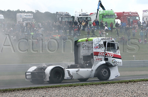 3rd September 2017, Most Racing Track, Most, Czech Republic; FIA European Truck Racing Championship; 3rd race, Ryan SMITH (GB/MAN/Oxxo Energy Racing), coming out of the second bend