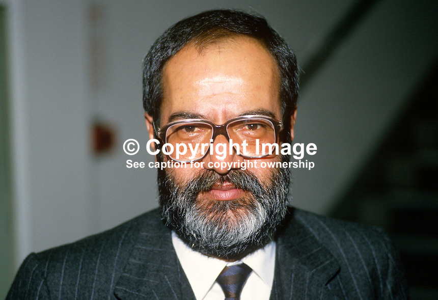 Senor Jorge Eduardo Navarrete, Mexican Ambassador to the UK, 19880301JEN..Copyright Image from Victor Patterson, 54 Dorchester Park, Belfast, UK, BT9 6RJ..Tel: +44 28 9066 1296.Mob: +44 7802 353836.Voicemail +44 20 8816 7153.Skype: victorpattersonbelfast.Email: victorpatterson@me.com.Email: victorpatterson@ireland.com (back-up)..IMPORTANT: If you wish to use this image or any other of my images please go to www.victorpatterson.com and click on the Terms & Conditions. Then contact me by email or phone with the reference number(s) of the image(s) concerned.