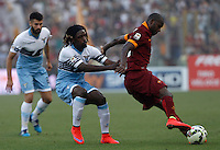 Calcio, Serie A: Lazio vs Roma. Roma, stadio Olimpico, 25 maggio 2015.<br /> Roma's Victor Ibarbo, right, is challenged by Lazio's Luis Pedro Cavanda during the Italian Serie A football match between Lazio and Roma at Rome's Olympic stadium, 25 May 2015.<br /> UPDATE IMAGES PRESS/Isabella Bonotto