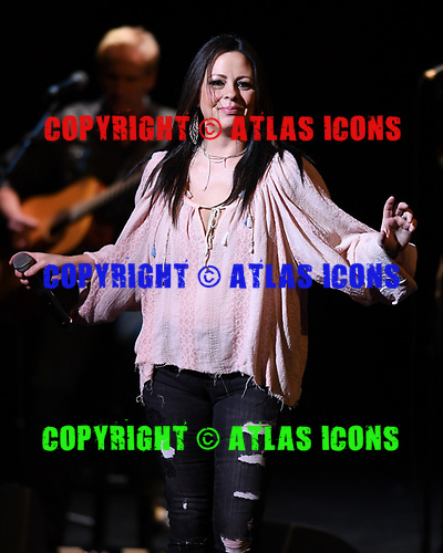 CORAL SPRINGS FL - MARCH 16: Sara Evans performs at Coral Springs Center for the Arts on March 16, 2017 in Coral Springs, Florida. Photo by Larry Marano © 2017