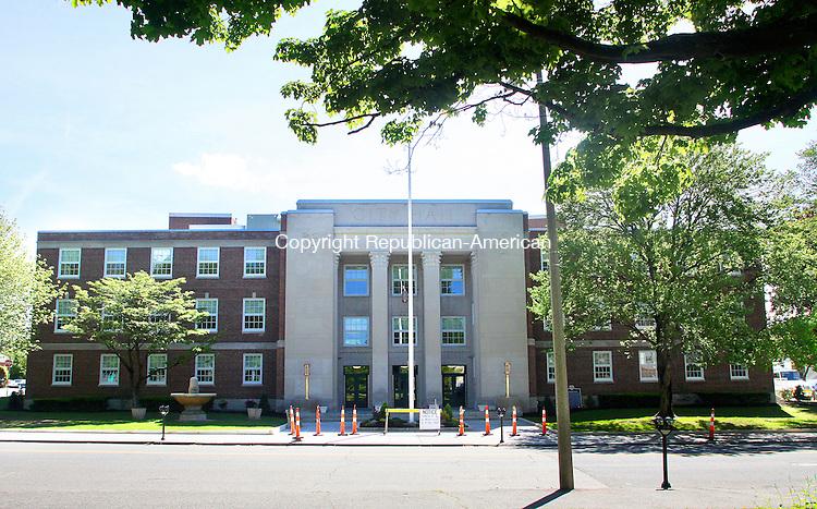 TORRINGTON CT.-13 MAY 2010-051310DA05- The front of Torrington City Hall.<br /> Darlene Douty Republican American
