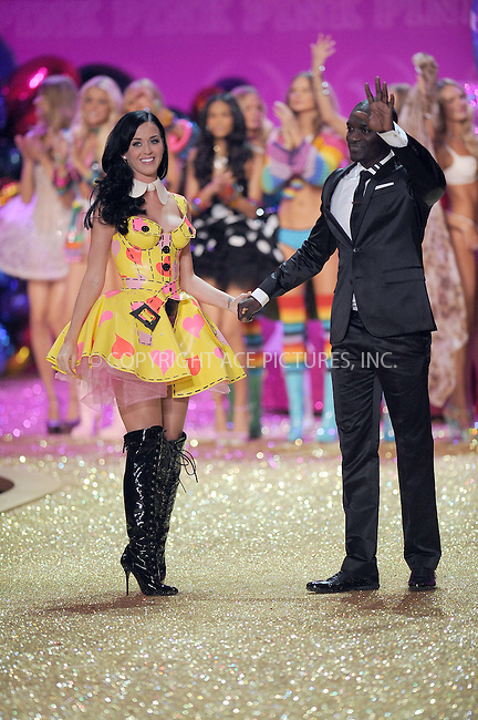 WWW.ACEPIXS.COM . . . . .....November 10 2010, New York City....Katy Perry and Akon perform on the runway during the 2010 Victoria's Secret Fashion Show at the Lexington Armory on November 10, 2010 in New York City.  ....Please byline: KRISTIN CALLAHAN - ACEPIXS.COM.. . . . . . ..Ace Pictures, Inc:  ..(212) 243-8787 or (646) 679 0430..e-mail: picturedesk@acepixs.com..web: http://www.acepixs.com