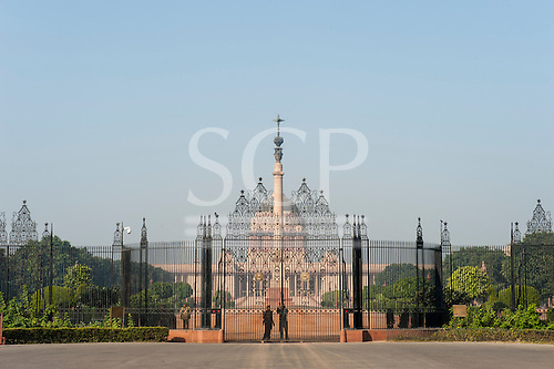 Delhi, India. Rashtrapati Bhavan, the Indian President's official residence, formerly the British Viceroy's residence. Gates. Designed by Edwin Landseer Lutyens, early 20th century.