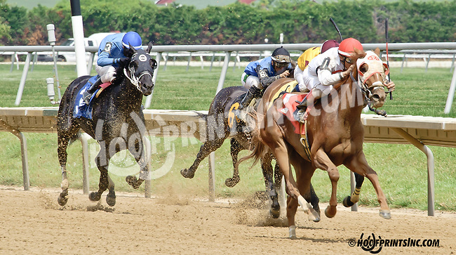 Melody Pomeroy winning at Delaware Park racetrack on 7/3/14