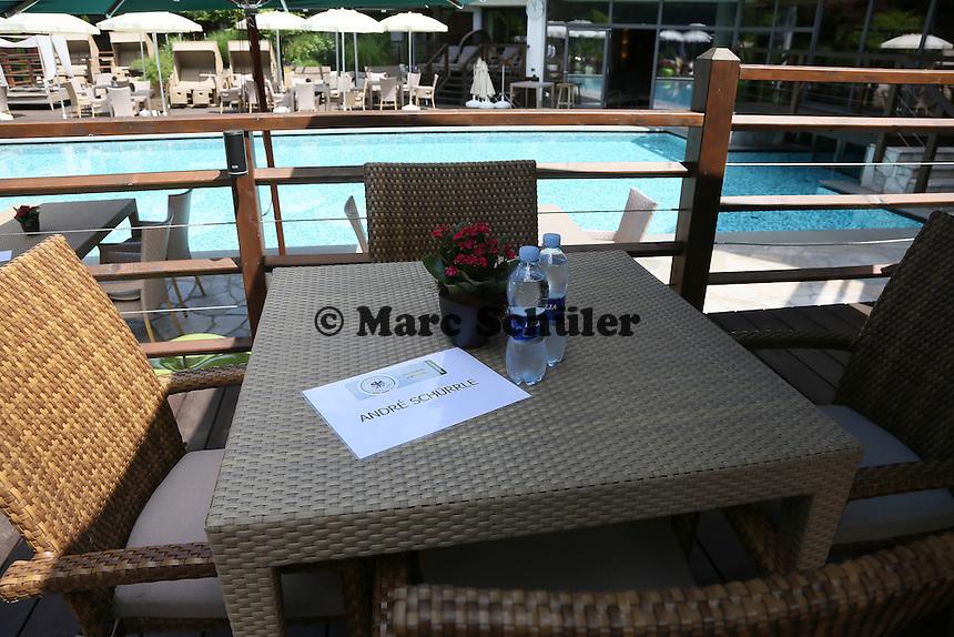 Tisch von Andre Schürrle - Media Day der Deutschen Nationalmannschaft zur WM-Vorbereitung in St. Martin