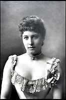 Lillie Langtry archive emerges for auction.