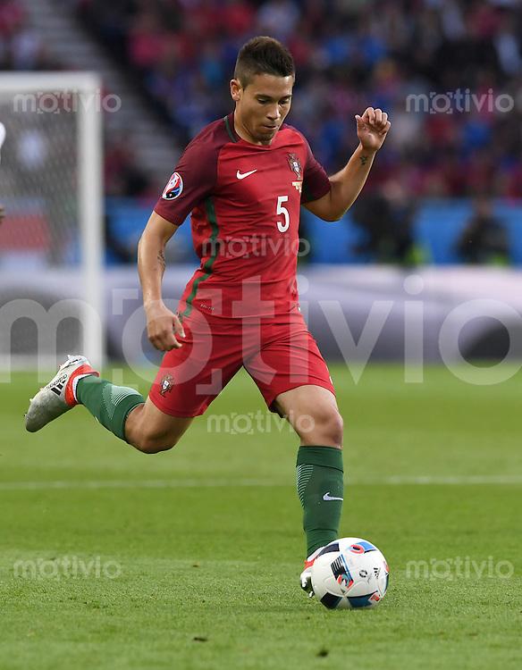 FUSSBALL EURO 2016 GRUPPE F IN PARIS Portugal - Oesterreich      18.06.2016 Raphael Guerreiro (Portugal)