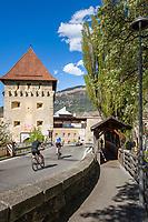 Italy, South Tyrol (Trentino - Alto Adige), Val Venosta, Glurns (Italian: Glorenza): the only town in Val Venosta, the Taufer Gate   Italien, Suedtirol (Trentino - Alto Adige), Vischgau, Glurns: die einzige Stadt im Vinschgau, das Tauferer Tor