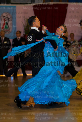 István Kunhalmi & Henrietta Szirmai (HUN) perform their ballroom dance during the 7th Kistelek open held in Kistelek, Hungary, Friday, 19. September 2008. ATTILA VOLGYI