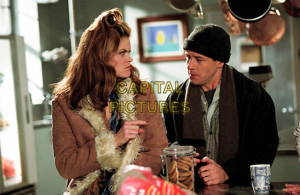 MISSI PYLE & FRENCH STEWART.in Home Alone 4 (Home Alone: Taking Back the House).Filmstill - Editorial Use Only.Ref: FB.www.capitalpictures.com.sales@capitalpictures.com.Supplied By Capital Pictures.