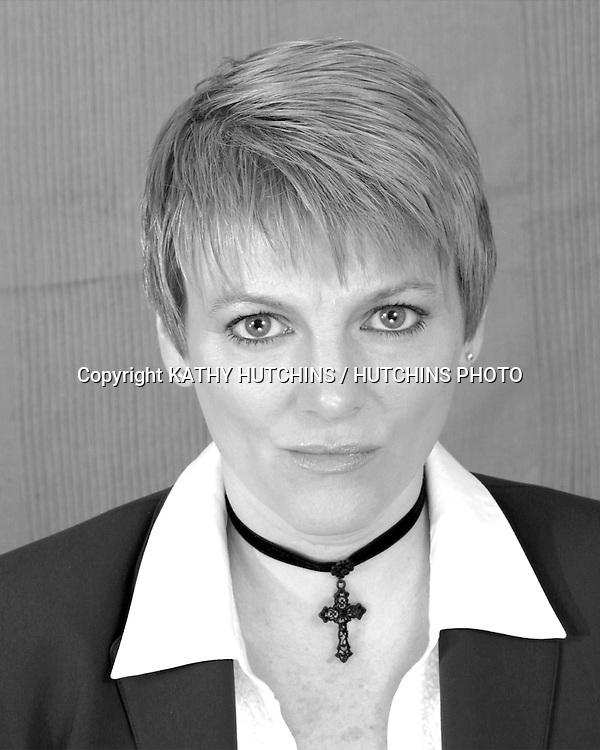 ©2003 KATHY HUTCHINS / HUTCHINS PHOTO.STUDIO PHOTO SESSION.ALISON ARNGRIM.BUBANK, CA.JULY 25, 03..EXCLUSIVE