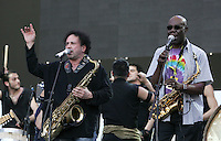 Enzo Avitabile, a sinistra, ed il camerunense Manu Dibango sul palco del tradizionale concerto del Primo Maggio organizzato da Cgil, Cisl e Uil in piazza San Giovanni, Roma, 1 maggio 2008..Italian Enzo Avitabile and cameroonian Manu Dibango, right, perform on stage during the traditional May Day concert in St. John Lateran's Square, Rome, 1 may 2008..UPDATE IMAGES PRESS/Riccardo De Luca