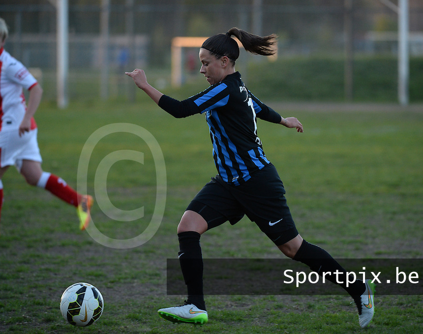 20150428 - VARSENARE , BELGIUM : Brugge's Kay Cuvelier pictured during the soccer match between the women teams of Club Brugge Vrouwen and Standard de Liege Femina , on the 24th matchday of the BeNeleague competition Tuesday 28 th April 2015 in Varsenare . PHOTO DAVID CATRY