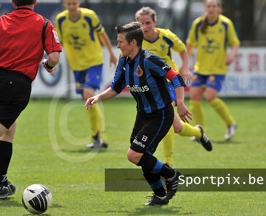 Club Brugge Dames - STVV Sint Truidense VV : Christine Saelens.foto DAVID CATRY / Nikonpro.be