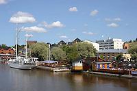 Porvoonjoki river.<br /> Il fiume Porvoonjoki.<br /> Porvoo Borg&aring; &egrave; un&rsquo;antica citt&agrave; medievale dichiarata dall'UNESCO patrimonio dell'umanit&agrave;.<br /> Porvoo Borg&aring; is an old medieval town, UNESCO World Heritage Site.