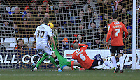 Wes Attkinson of Notts County has his shot deflected into the back of the net during the Sky Bet League 2 match between Luton Town and Notts County at Kenilworth Road, Luton, England on 30 January 2016. Photo by Liam Smith.
