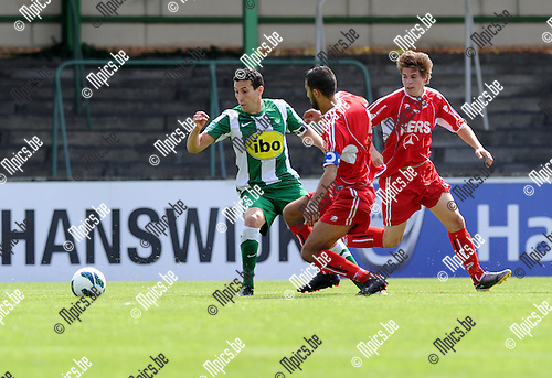 2012-08-15 / Voetbal / seizoen 2012 / Racing Mechelen - Ronse / Rachid Hmouda met oa. Karim Demonceaux van Ronse..Foto: Mpics.be