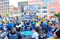 May 29, 2017: Pittsburgh Penguins fans watch a replay of game 7 of the Easter Conference finals before game one of the National Hockey League Stanley Cup Finals between the Nashville Predators  and the Pittsburgh Penguins, held at PPG Paints Arena, in Pittsburgh, PA. Pittsburgh defeats Nashville 5-3 in regulation time.  Eric Canha/CSM