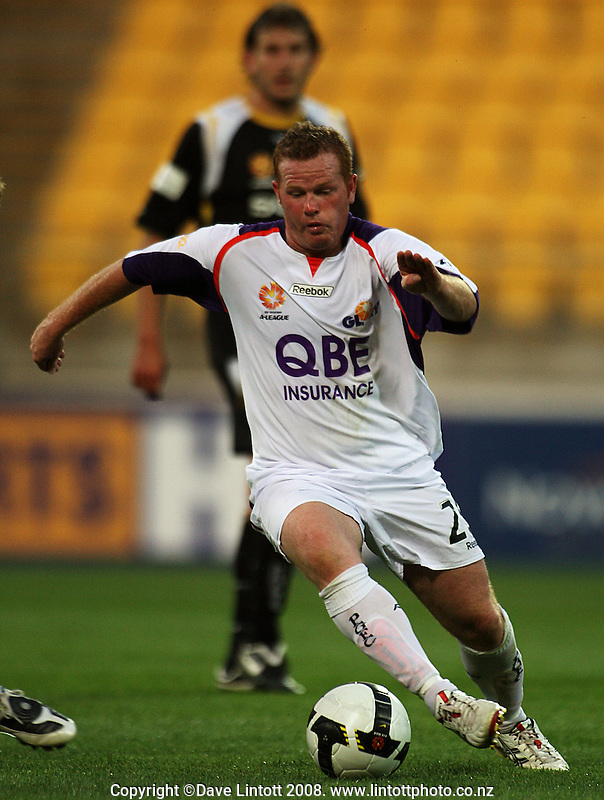Perth's Marc Anthony during the A-League football match between the Wellington Phoenix and Perth Glory at Westpac Stadium, Wellington, New Zealand on Saturday, 13 December 2008. Photo: Dave Lintott / lintottphoto.co.nz