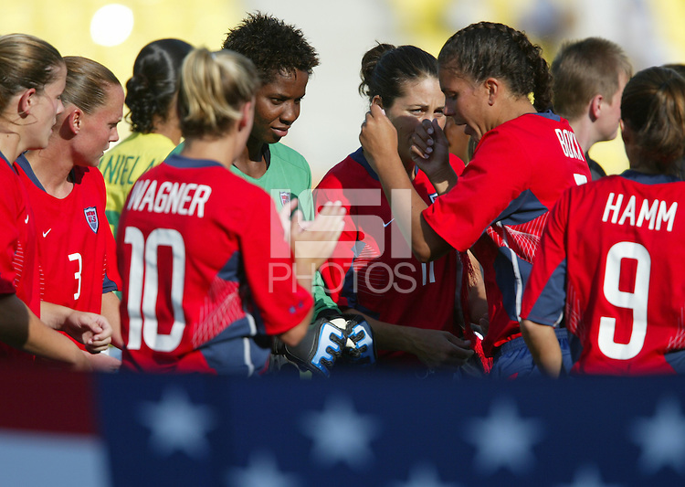 14 August 2004:   Shannon Boxx and Briana Scurry before the national anthem at Kaftanzoglio Stadium in Thessaloniki, Greece.   USA defeated Brazil, 2-0. Credit: Michael Pimentel / ISI