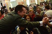 SAO PAULO, 19 DE JULHO DE 2012 - ELEICOES 2012 RUSSOMANO - O candidato à Prefeitura de São Paulo, Celso Russomanno (PRB)  em visita no inicio desta quinta-feira (19) a Capela de Santo Expedito da Polícia Militar, no bom retiro, regiao central da capital. FOTO: ALEXANDRE MOREIRA - BRAZIL PHOTO PRESS