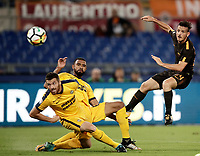 Calcio, Serie A: Roma, stadio Olimpico, 16 settembre 2017.<br /> Roma's Alessandro Florenzi (r) in action with Verona's  Samuel Souprayen (c) and Marco Fossati (l) during the Italian Serie A football match between AS Roma and Hellas Verona at Rome's Olympic stadium, September 16, 2017.<br /> UPDATE IMAGES PRESS/Isabella Bonotto