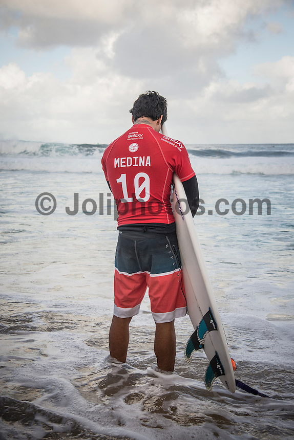Pipeline,  OAHU - HAWAII, USA: (Thursday, December 17, 2015): Gabriel Medina (BRA) - The Billabong Pipe Masters in Memory of Andy Irons was wrapped up today in 4 to 6 foot bumpy surf at the Banzai Pipeline. <br />  <br /> The final stop of the Men&rsquo;s Championship Tour and Vans Triple Crown of Surfing was decided with Adriano de Souza (BRA) claiming the World Champion's Title plus winning the Billabong Pipe masters. His fellow finalist and defending World Champion Gabriel Medina (BRA) in the 35 minute final.<br />  Photo: joliphotos.com