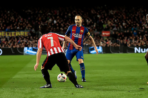 11.01.2017, Nou Camp, Barcelona, Spain. Copa del Rey, 2nd leg. FC. Barcelona versus Athletico Bilbao.  Iniesta in action challenged by Benat