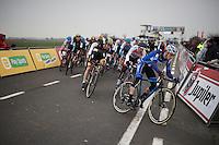 European Champion Quinten Hermans (BEL/Telenet-Fidea) is the first one turning into the first corner<br /> <br /> U23 race<br /> Noordzeecross - Middelkerke 2016