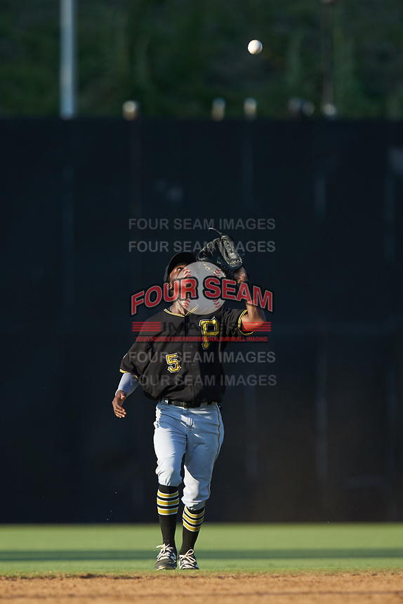 Bristol Pirates shortstop Victor Ngoepe (5) catches a pop fly during the game against the Danville Braves at American Legion Post 325 Field on July 1, 2018 in Danville, Virginia. The Braves defeated the Pirates 3-2 in 10 innings. (Brian Westerholt/Four Seam Images)