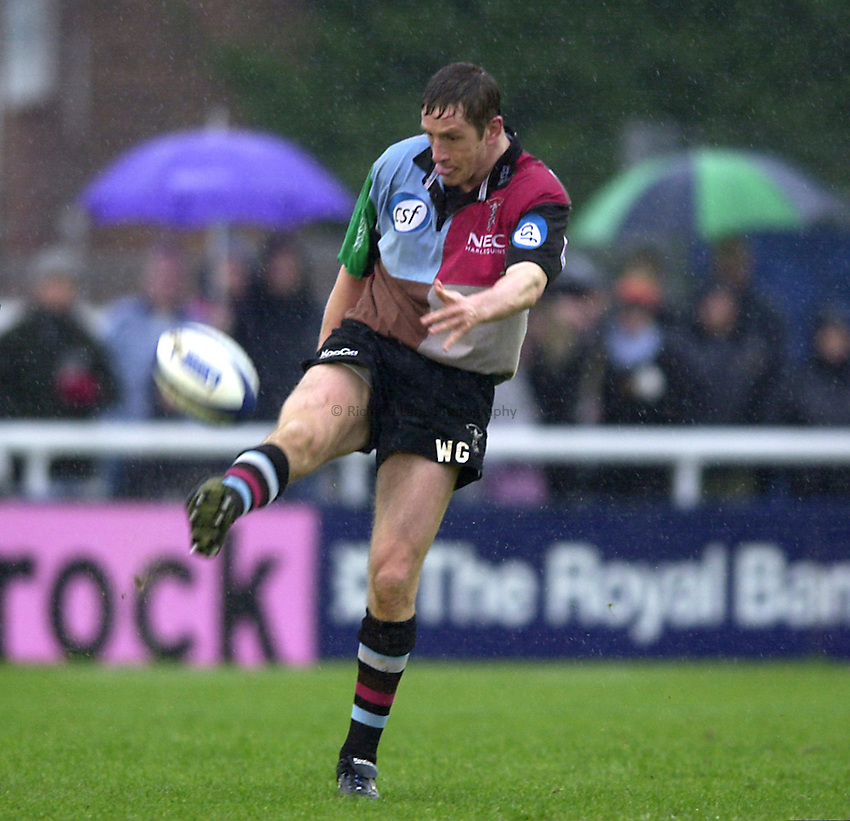 Photo. Richard Lane. .Harlequins v Newcastle at the Stoop, London. Zurich Premiership Rugby. 16-3-2002.Will Greenwood
