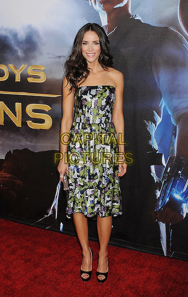 "Abigail Spencer .The world premiere of ""Cowboys & Aliens"" at the San Diego Civic Theatre in San Diego, California, USA..July 23rd, 2011.full length dress strapless smiling black green purple grey gray print.CAP/ROT/TM.©Tony Michaels/Roth Stock/Capital Pictures"